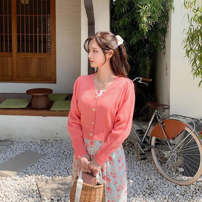 Con gái Việt cứ diện áo dài là auto xinh nhưng nếu chọn đúng 5 kiểu tóc này thì visual còn lên hạng nữa-8