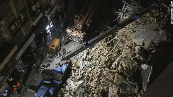 Khó tin: Phát hiện dấu hiệu sự sống dưới đống đổ nát 30 ngày sau vụ nổ cảng Beirut-2