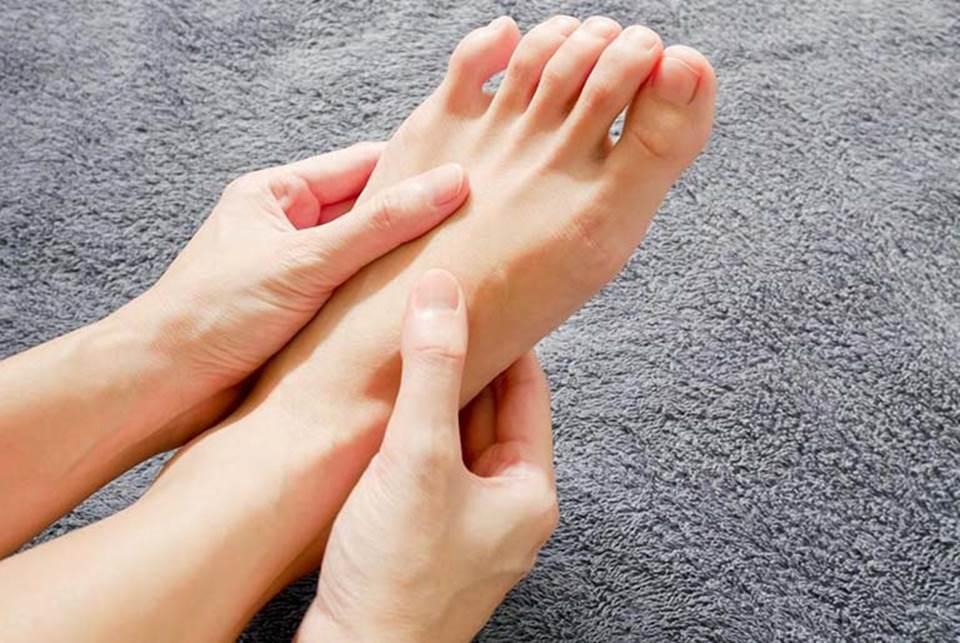 Nếu bỗng dưng thấy bàn chân có 5 sự thay đổi này, coi chừng cơ thể đang mắc trọng bệnh và cần được giải cứu lập tức-4