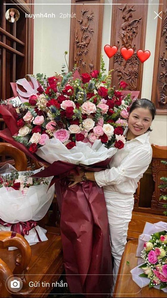 Huỳnh Anh vừa có động thái khẳng định mối quan hệ với Quang Hải đang cực tốt sau loạt drama-4