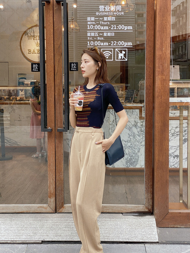 Street style Châu Á đồng loạt tẩy chay quần ôm, chỉ diện thiết kế ống rộng nhưng tạo được cả chục bộ đồ mặc đi làm đẹp hết nấc-3
