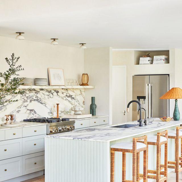 Những mẫu nhà bếp đẹp, ấn tượng và sang trọng với cách bài trí thông minh-3