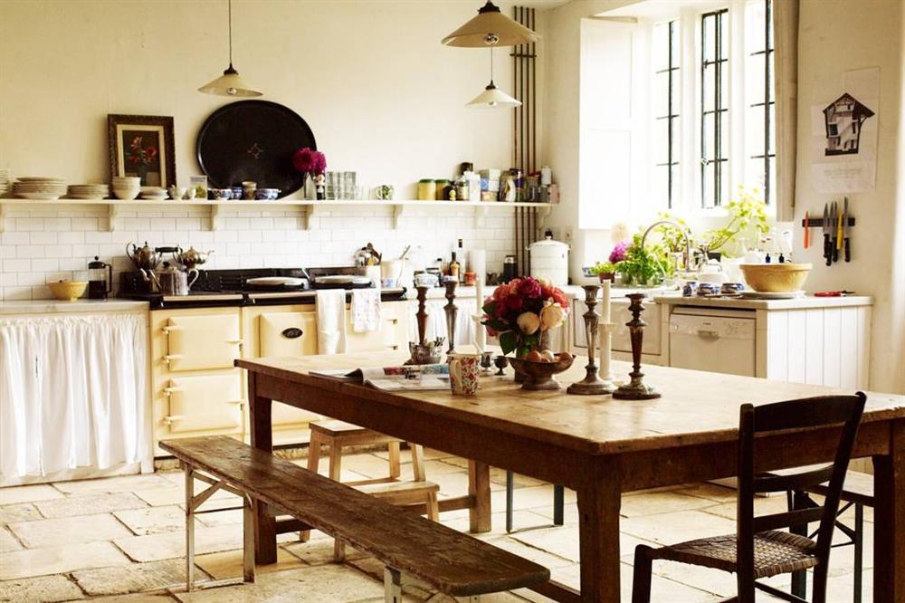 Những mẫu nhà bếp đẹp, ấn tượng và sang trọng với cách bài trí thông minh-25