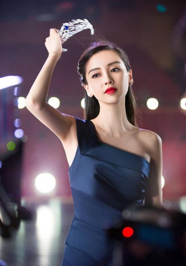 Cú đổi chiều 180 độ của Angela Baby - Huỳnh Hiểu Minh: Vợ sự nghiệp xuống dốc, chồng vượt mặt thần tốc-5