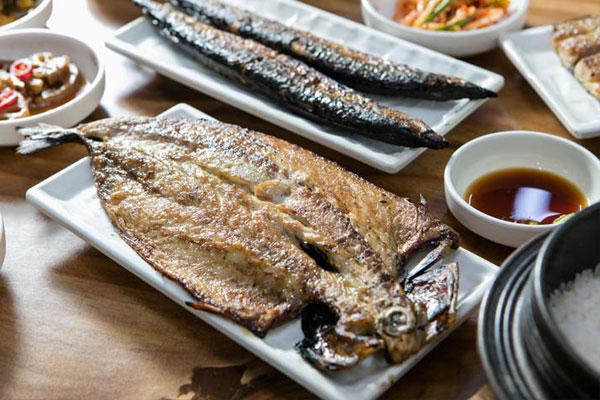 2 món cá đã được giới chuyên gia lên tiếng cảnh báo về khả năng gây ung thư
