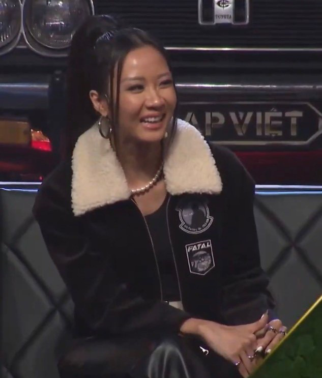 Suboi bất ngờ đụng độ Lisa: Nữ hoàng Rap Việt da nâu bao ngầu, Lisa da trắng nõn kiêu sa-7