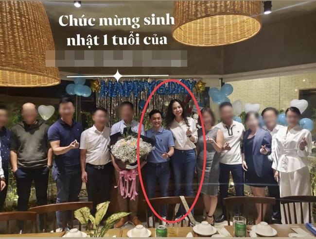 Đàm Thu Trang chính thức lộ vóc dáng sau 1 tháng sinh con khiến nhiều người bất ngờ-1