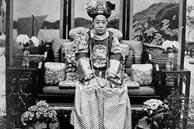 Loạt ảnh cũ về hậu cung của Hoàng đế Quang Tự triều nhà Thanh: Hoàng hậu lưng gù, phi tần có vóc dáng mũm mĩm