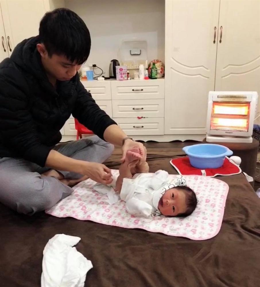 Mẹ Thái Nguyên sinh mổ lần 5 vì quá nghiện con, có lần đang mổ thì gặp trục trặc nên bị y tá liên tục tát vào mặt-6