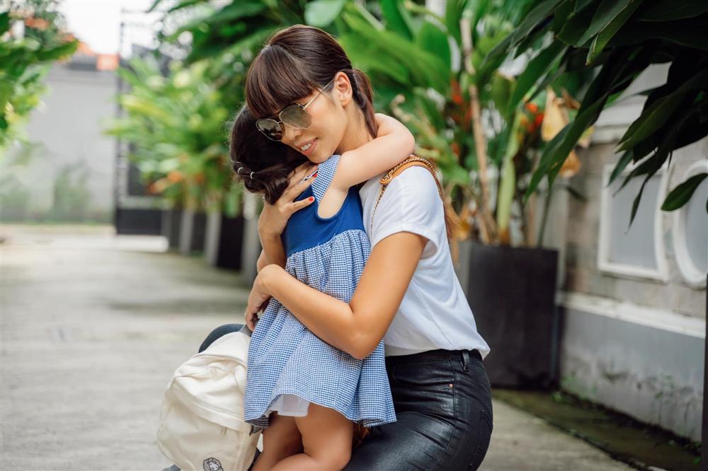 Muốn con đi học không khóc lóc mẹ hãy làm theo 7 bí quyết của siêu mẫu Hà Anh-3