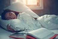 Hãy kiểm tra 4 dấu hiệu này của bản thân, tốn vài giây nhưng giúp bạn phòng ngừa chứng ngưng thở khi ngủ vô cùng nguy hiểm