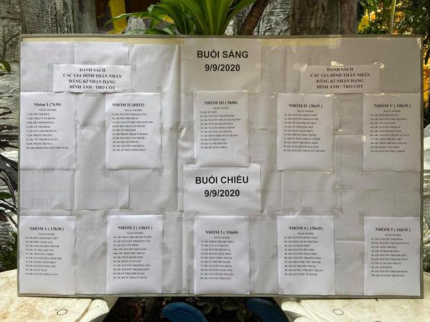 """Người dân đến nhận dạng tro cốt tại chùa Kỳ Quang 2: Tôi vỡ oà vui sướng khi tìm được hũ cốt của người thân""""-2"""