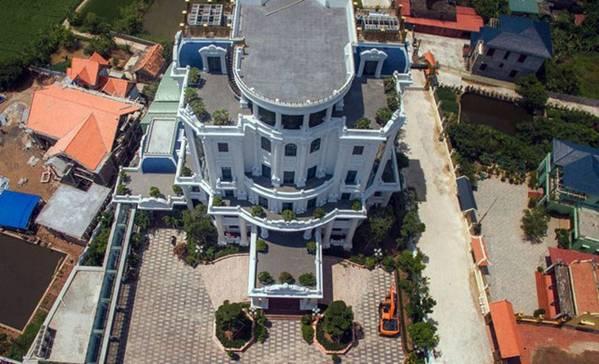 Cận cảnh 2 tòa lâu đài trăm tỷ của đại gia Ngô Văn Phát dầu vừa bị bắt ở Hải Phòng-7