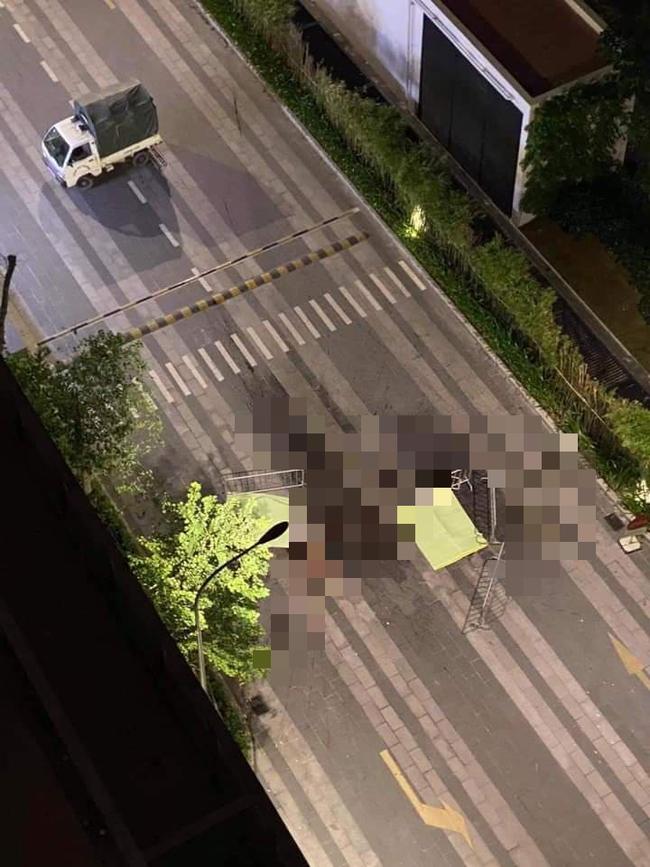 Hà Nội: Kinh hoàng 2 người cùng rơi từ tầng cao chung cư xuống đất tử vong tại chỗ-1