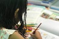 Nếu vẫn đang rát cổ hò con ngồi vào bàn học bài mỗi tối, phụ huynh tham khảo ngay cách rèn nề nếp học cho con của bà mẹ này