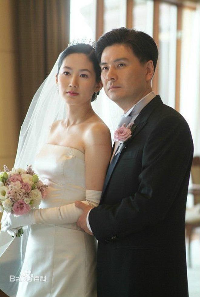 Dàn minh tinh nhận kết đắng vì lấy chồng siêu giàu: Á hậu sống như giúp việc trong gia tộc Samsung, quốc bảo xứ Hàn tự tử hụt-24