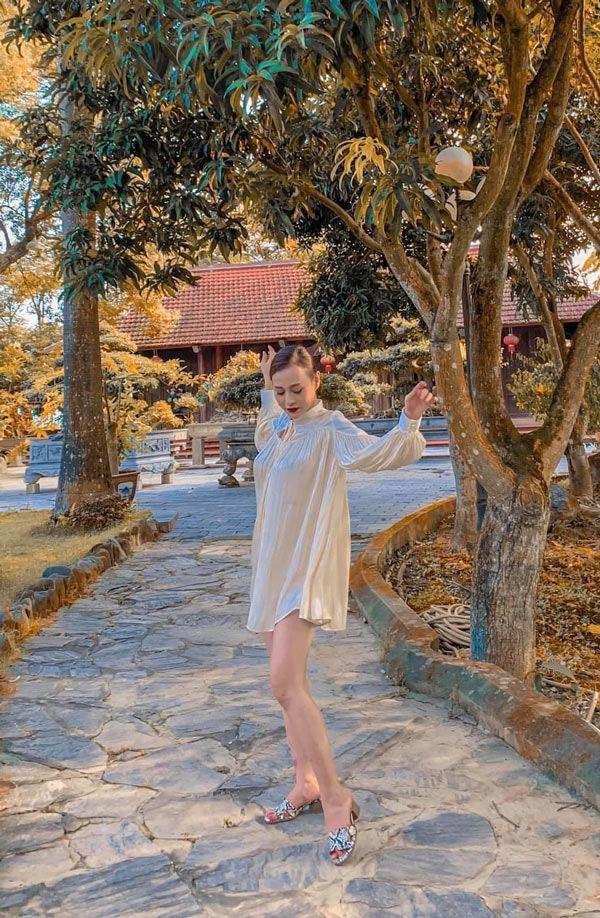 Sau chia tay bạn trai, Quỳnh Búp Bê ăn mặc lùng bùng giấu dáng khó hiểu-10