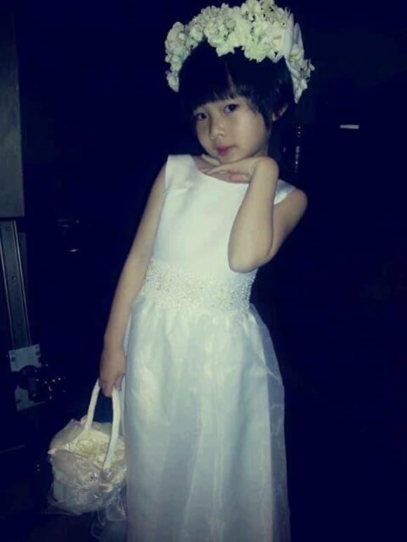 Bất ngờ với nhan sắc chuẩn mỹ nhân của con gái ca sĩ Như Quỳnh trong lần hiếm hoi xuất hiện-2