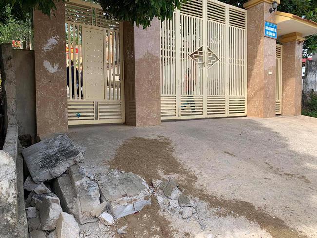 Sập tường đè tử vong học sinh lớp 5 ở Nghệ An: Hoàn cảnh nạn nhân rất đáng thương, cha chấn thương sọ não vừa phải phẫu thuật thì con gặp nạn-1