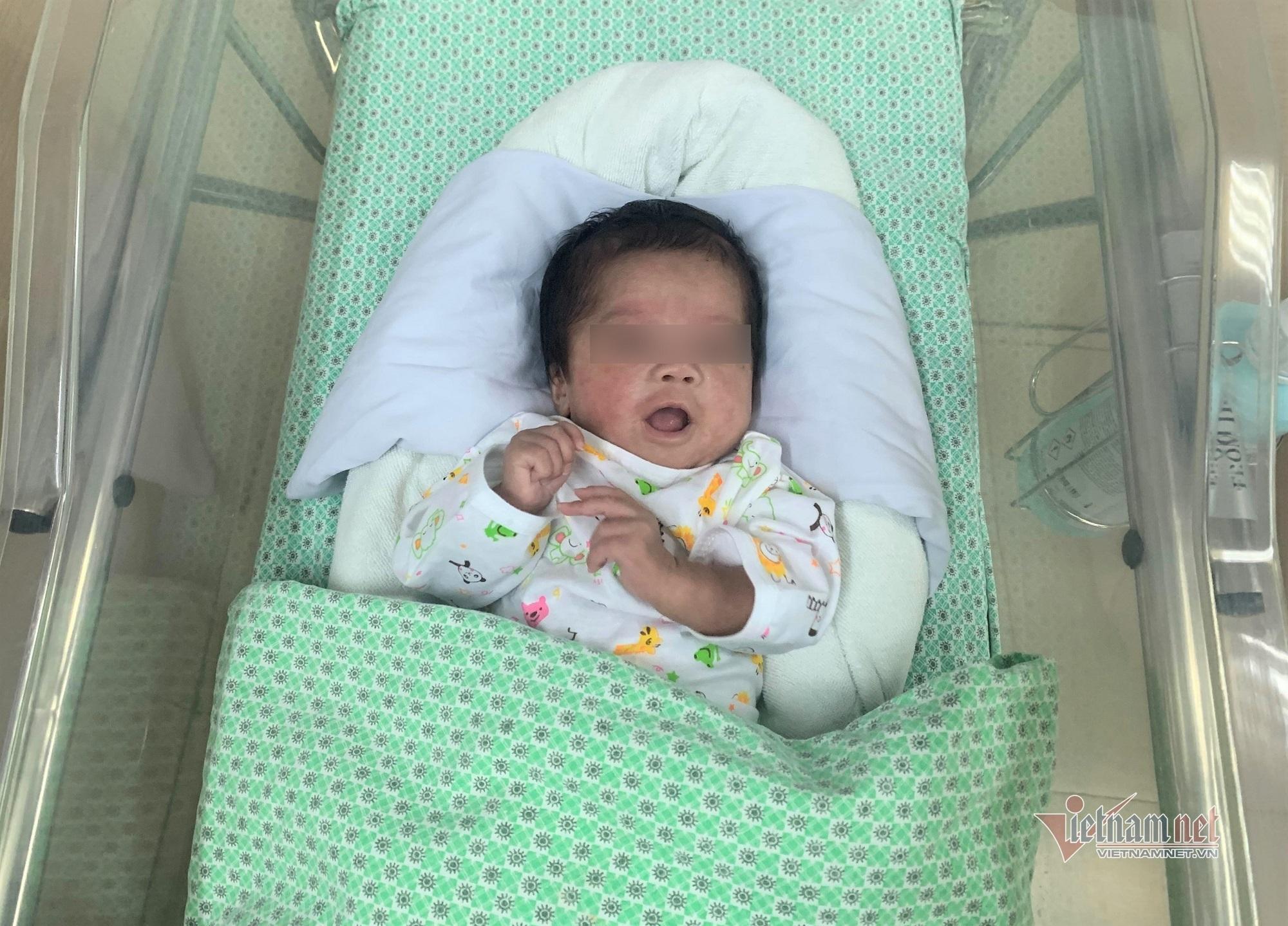 Thai nhi 1,6kg bị phá bỏ ở tuần thai 31 sống lại kỳ diệu-1