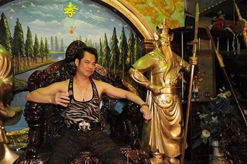 Ngọc Sơn để tổ rồng 400 tỷ mẹ đứng tên, nhà ở Hà Nội to không kém gì biệt phủ-2