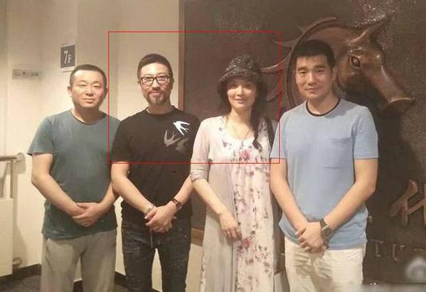 Đạo diễn Tân Tây Du Ký U70 lên chức bố với tiểu tam kém 31 tuổi, drama ngoại tình rúng động năm xưa hot trở lại-4