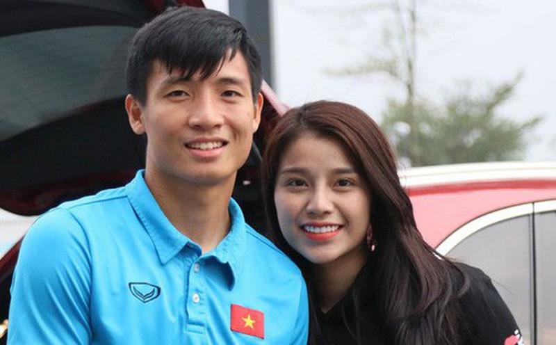 Khánh Linh từng lên báo kể tủi thân vì lấy chồng cầu thủ-2