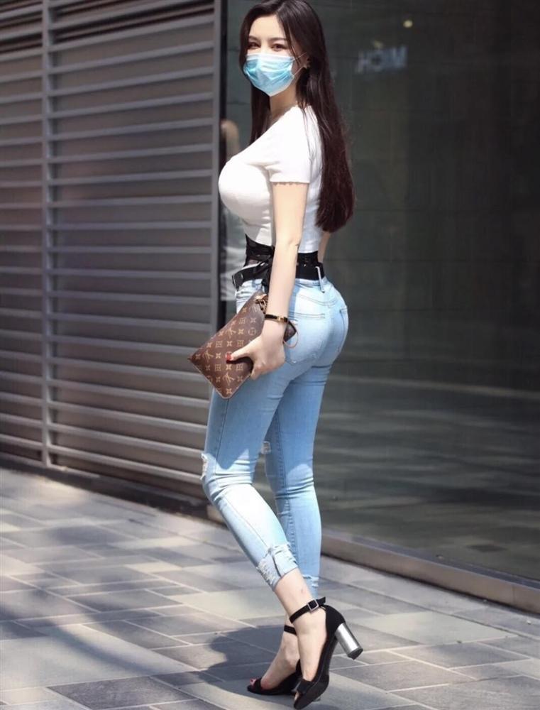 Phái đẹp ứng dụng corset vào street style hàng ngày: Là hết hồn hay đẹp theo cách riêng?-17