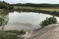 Lẻn đi tắm, 5 trẻ ở An Giang chết đuối thương tâm dưới hồ nước sau vườn