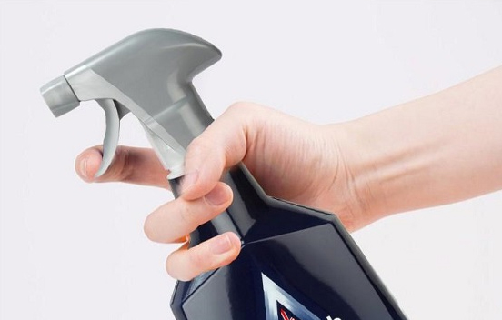 Dù máy hút mùi có bẩn đến đâu cũng không thể tháo rời để vệ sinh được, hãy dùng khẩu trang y tế theo cách này đảm bảo chúng sẽ luôn sạch sẽ mà không phải tốn sức-8