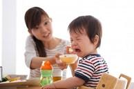 Cho con ăn sáng theo cách này là đang hại con, không chỉ ảnh hưởng xấu đến sức khỏe mà trí tuệ cũng giảm sút, cha mẹ cần sửa ngay trước khi quá muộn!