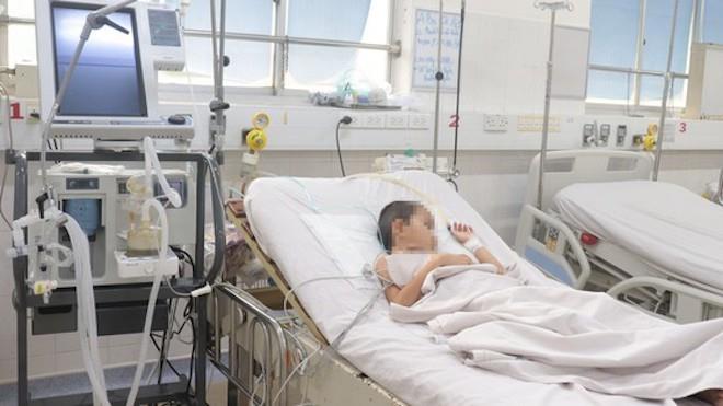Thêm một bé trai qua đời do bạch hầu-1
