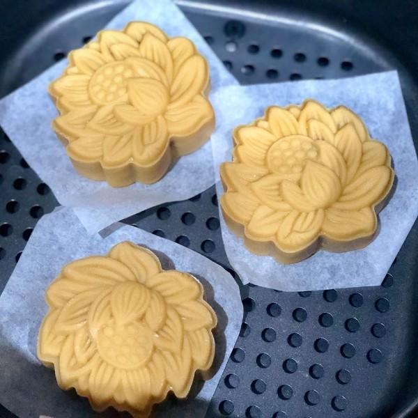 Mách bạn cách làm bánh trung thu bằng nồi chiên không dầu đơn giản mà chuẩn ngon-12