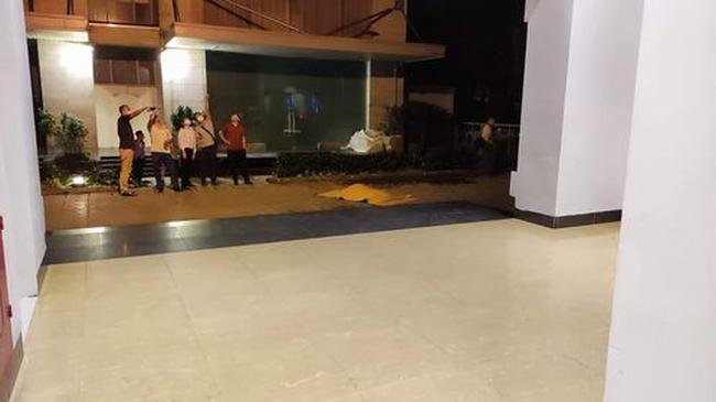 Hà Nội: Nam thanh niên rơi từ tầng 22 chung cư xuống đất tử vong tại chỗ lúc rạng sáng-1