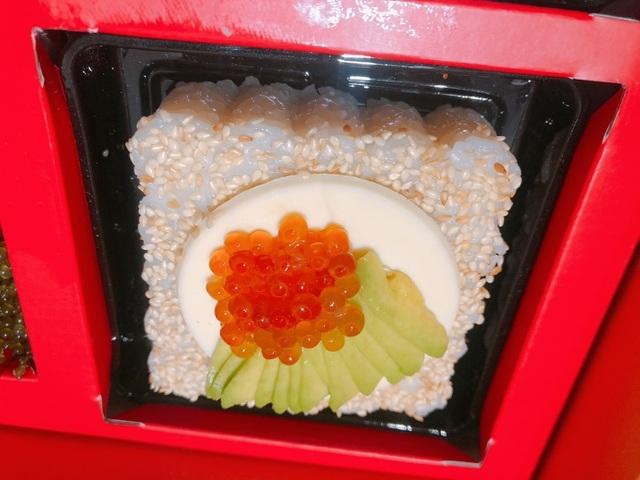 Độc đáo nhất mùa trung thu năm nay: Bánh trung thu sushi tiền triệu/hộp-3