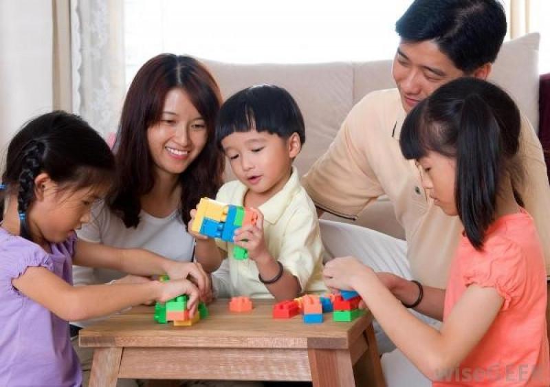 Con cái xa cách bố mẹ, hãy làm ít nhất 1 điều sau trước khi đi ngủ, bé không những lại dính như sam mà tương lai còn tươi sáng, rộng mở-4