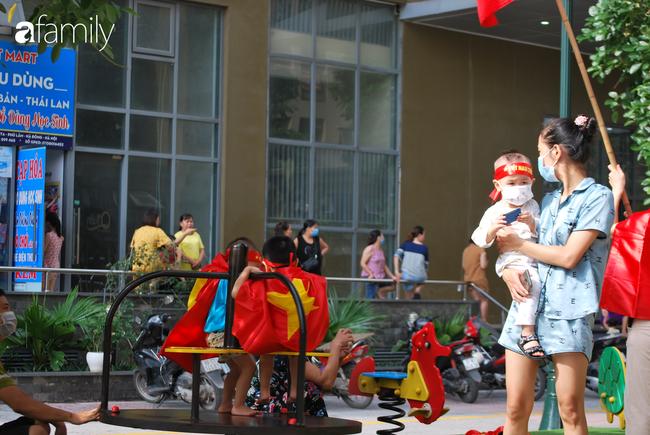 Vụ hàng nghìn hộ dân The Vesta Hà Đông tập trung phản đối việc phá dỡ sân chơi trẻ em làm chỗ đỗ xe: Chúng tôi bị lừa dối-4