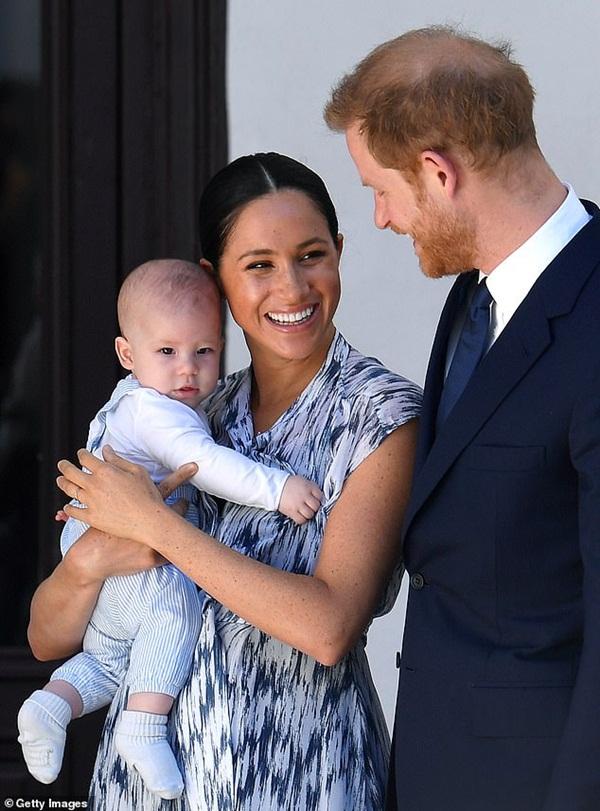 Harry đón sinh nhật tuổi 36 đầy khác biệt, động thái của các thành viên hoàng gia Anh trở thành tâm điểm chú ý-6