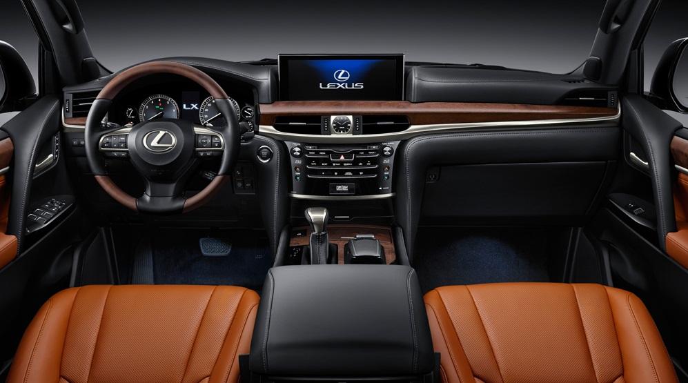 Tất tần tật về xế sang Lexus 570 trong vụ đánh ghen ở Lý Nam Đế: Được gọi là xe chủ tịch, giá bán từ 8,34 tỷ đồng và người cầm lái thường không phải chủ!-8