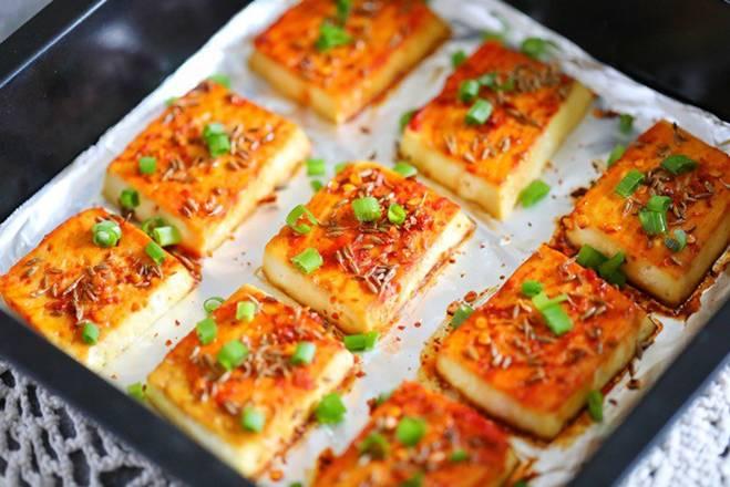 Chán rán hoặc sốt cà chua, cho đậu phụ vào nướng lại được món ngon bất ngờ-8