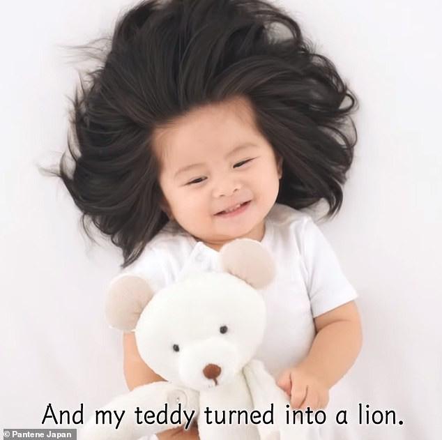 Từng nổi tiếng khắp MXH với mái tóc bờm sư tử lúc bé, hình ảnh hiện tại của cô bé tóc xù càng khiến mọi người bất ngờ hơn-4