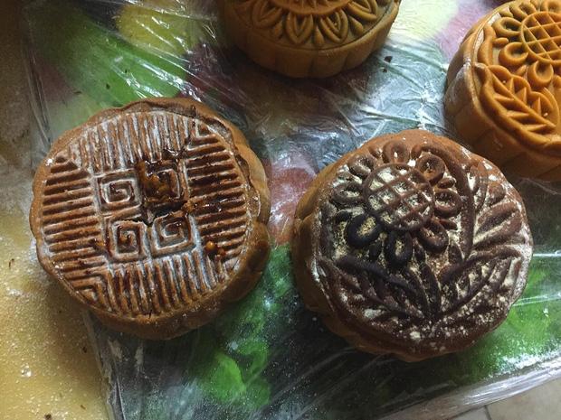 Hội Ghét bếp trổ tài làm bánh Trung thu, nhìn thành quả xong chỉ muốn quăng cả lò lẫn bánh-5