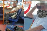 Ngỡ bạn đồng hành đeo chiếc khăn quàng cổ, khi nó động đậy mới biết đó là một con trăn dài cả mét, khiến cả xe buýt được phen khiếp vía