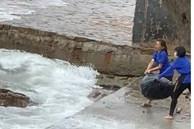 Tước giấy phép kinh doanh quán cafe để nhân viên vứt 120kg rác xuống biển Vũng Tàu
