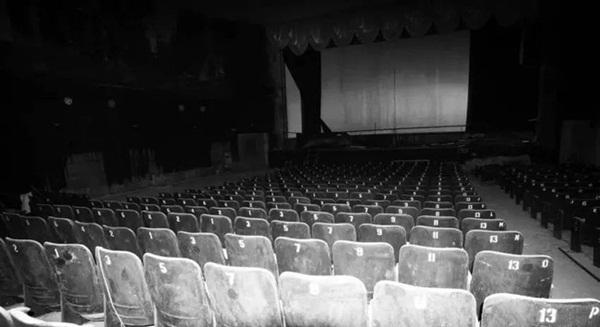 7 phụ nữ giữ trinh tiết cùng tự tử đến cậu bé thấy người trong rạp phim nhưng mẹ thì không và loạt truyền thuyết đô thị Hong Kong gây ám ảnh-2