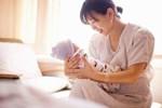 Không đẻ được bị nhà chồng ruồng rẫy, tôi đến nhà bạn thân khóc lóc thì 3 tháng sau ngã ngửa mình có bầu, nhưng lúc đứa bé chào đời còn sốc hơn cả