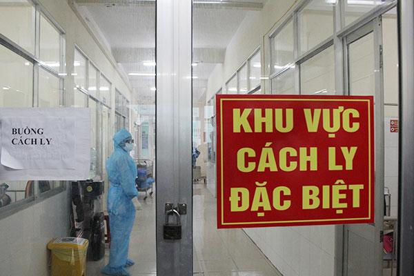 Thêm 2 ca mắc mới COVID-19 là người nhập cảnh, Việt Nam có 1.068 bệnh nhân-1