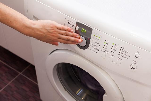 Máy giặt sử dụng một thời gian bị phát ra tiếng ồn lớn, chỉ với tuyệt chiêu này máy sẽ lại êm ru-3