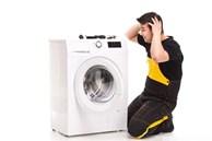 Máy giặt sử dụng một thời gian bị phát ra tiếng ồn lớn, chỉ với tuyệt chiêu này máy sẽ lại êm ru