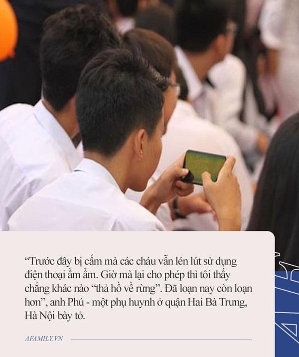 Quy định mới cho phép sử dụng điện thoại trong lớp: Học sinh mừng rơn, phụ huynh chỉ ngay ra điểm mấu chốt khiến trẻ đừng mơ mà xao nhãng học tập-2